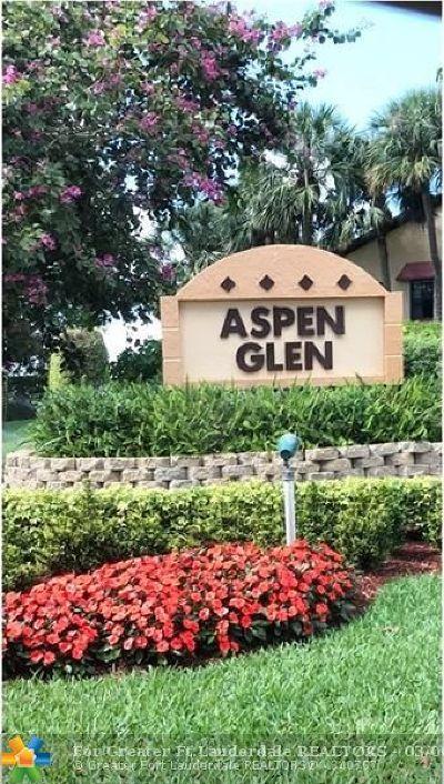 Boynton Beach Condo/Townhouse For Sale: 6374 Aspen Glen Cir #6374