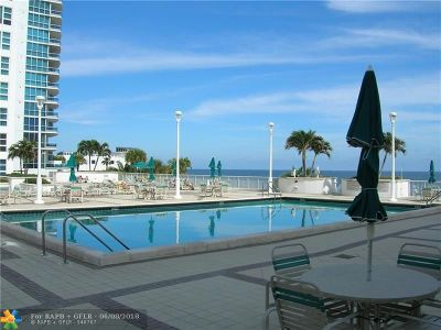 Lauderdale By The Sea Condo/Townhouse For Sale: 1620 S Ocean Blvd #16-C