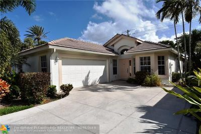 Delray Beach Single Family Home For Sale: 675 E Clearbrook Cir