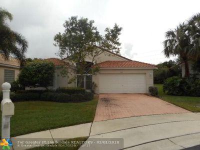 Boynton Beach Single Family Home For Sale: 6428 Tiara Dr