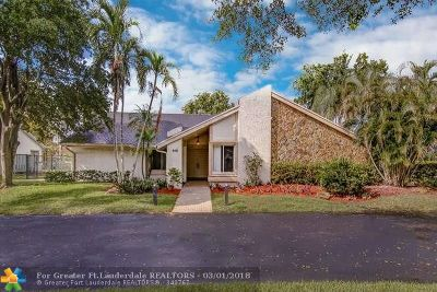 Plantation Single Family Home For Sale: 9401 SW 10th Ct