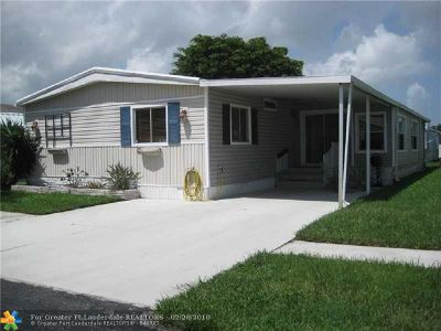 Deerfield Beach Single Family Home For Sale: 135 NW 51st Ct