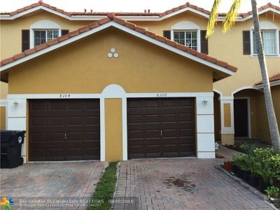 North Lauderdale Condo/Townhouse For Sale: 8106 SW 17 Court #8106