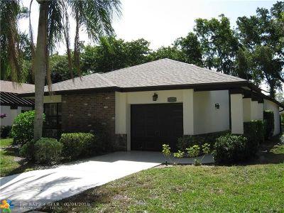 Boynton Beach Single Family Home For Sale: 4716 Boxwood Cir