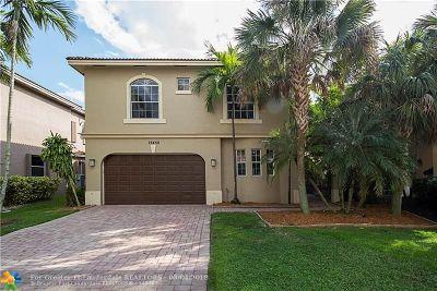 Plantation Single Family Home For Sale: 12450 SW 1st St