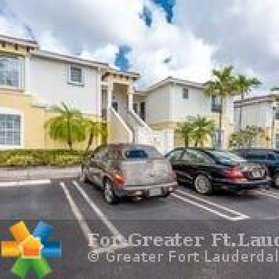 Boca Raton Condo/Townhouse For Sale: 23265 Carolwood #202