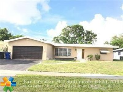 Lauderdale Lakes Single Family Home For Sale: 3700 NW 26th St