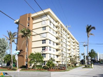 Condo/Townhouse Sold: 1009 N Ocean Blvd #407