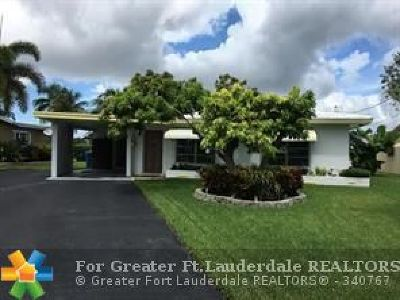 Oakland Park Single Family Home For Sale: 1765 NW 39th Pl