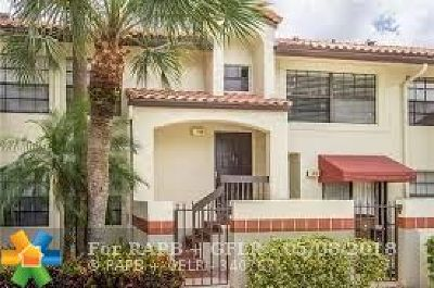 Deerfield Beach Condo/Townhouse For Sale: 2107 Congressional Way #2107