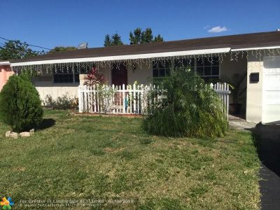 Sunrise Single Family Home For Sale: 2728 NW 73rd Ave