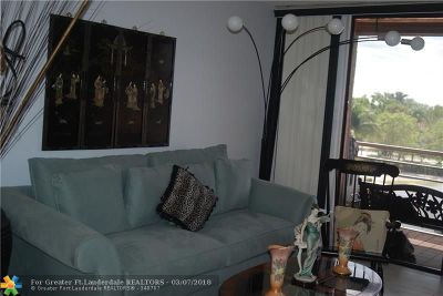 North Lauderdale Condo/Townhouse For Sale: 1820 N Lauderdale Ave #3403