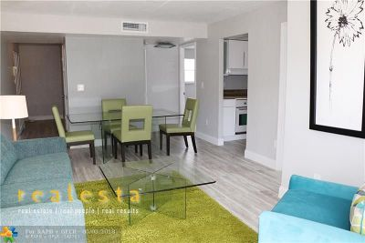 Miami Beach Condo/Townhouse For Sale: 1455 West Ave #404