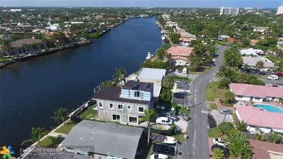 Pompano Beach Single Family Home For Sale: 1713 N Riverside Dr