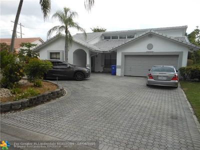 Coral Springs Single Family Home For Sale: 8666 NW 47th Dr
