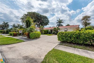 Deerfield Beach Single Family Home For Sale: 1019 SE 12th Ave