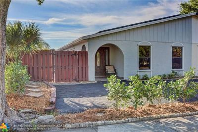 Margate Single Family Home For Sale: 535 SW 61st Ter
