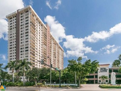 Hollywood Condo/Townhouse For Sale: 1201 S Ocean Dr #711N