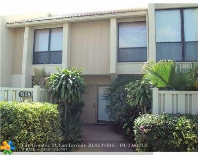 Boca Raton Condo/Townhouse For Sale: 1305 Bridgewood Dr #1305