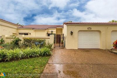 Deerfield Beach Condo/Townhouse For Sale: 2514 N Emerald Way #2514
