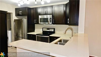 Coral Springs Condo/Townhouse For Sale: 11233 W Atlantic Bl #302