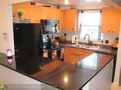 Wilton Manors Condo/Townhouse For Sale