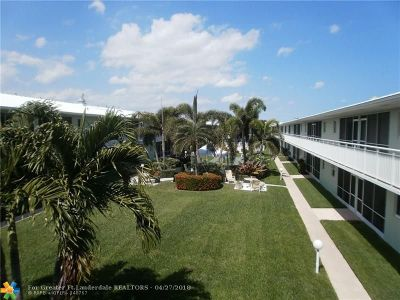 Lighthouse Point Condo/Townhouse Backup Contract-Call LA: 2100 NE 38th St #221