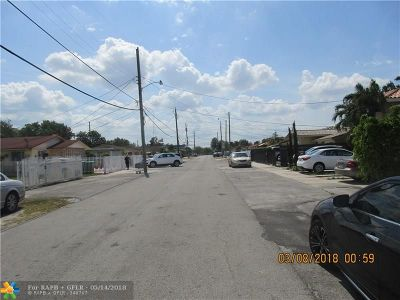 Miami Multi Family Home For Sale: 525-531 NW 43rd Pl