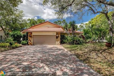 Plantation Single Family Home For Sale: 1001 SW 93rd Ave
