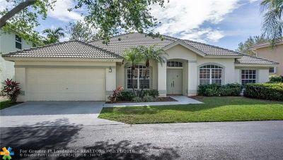 Pompano Beach Single Family Home For Sale: 3432 E Sands Harbor Trce