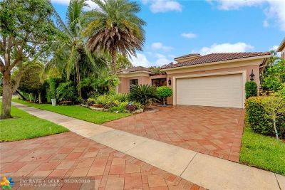 Boca Raton Single Family Home For Sale: 17928 Villa Club Way