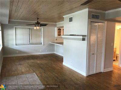 Oakland Park Single Family Home For Sale: 180 NW 43rd Ct
