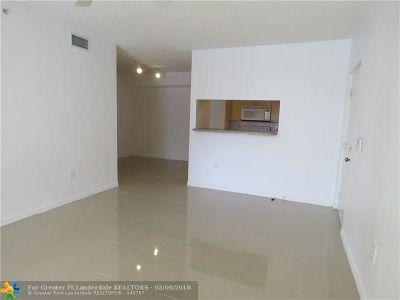 Miramar Condo/Townhouse For Sale: 2160 E Preserve Way #208
