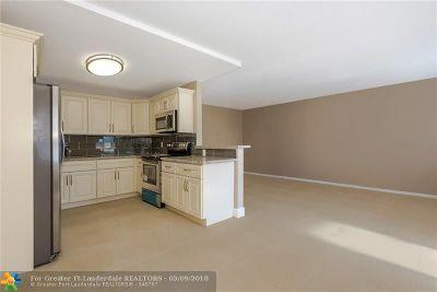 Boca Raton Condo/Townhouse For Sale: 2033 Hythe B #2033