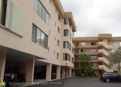 North Lauderdale Condo/Townhouse For Sale: 8040 Hampton Blvd #302