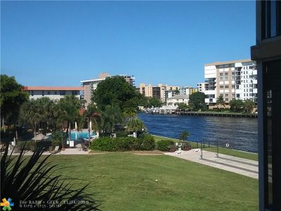 Lighthouse Point Condo/Townhouse For Sale: 3100 NE 48th Ct #311