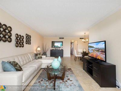 Pompano Beach Condo/Townhouse For Sale: 2731 NE 14th Street Causeway #319