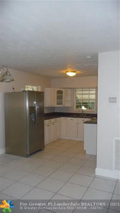 Dania Beach Single Family Home For Sale: 251 SW 9th St