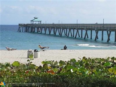 Lauderdale By The Sea Condo/Townhouse For Sale: 1501 S Ocean Blvd #213