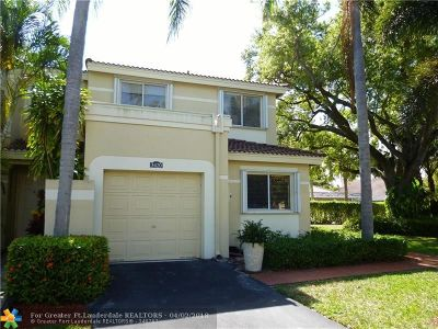 Deerfield Beach Condo/Townhouse For Sale: 3420 Deer Creek Alba Way #3420