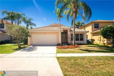 Pembroke Pines Single Family Home For Sale: 17972 SW 12th Ct