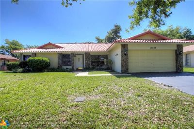 Coral Springs Single Family Home For Sale: 10008 NW 3rd Pl