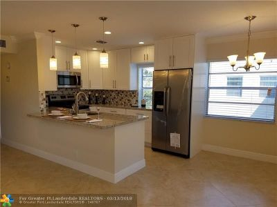 Delray Beach Condo/Townhouse For Sale: 954 Flanders T #954 T
