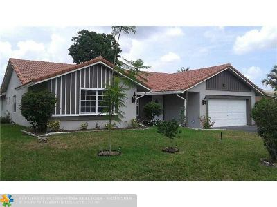 Coral Springs Single Family Home For Sale: 12111 NW 30th St