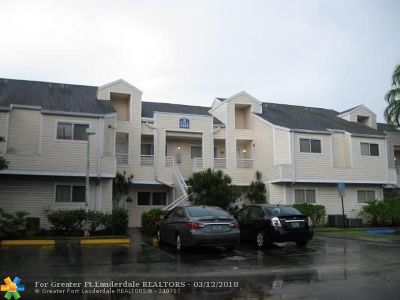Lauderdale Lakes Condo/Townhouse For Sale: 3469 NW 44th St #206