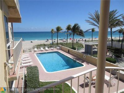 Lauderdale By The Sea Condo/Townhouse For Sale: 4300 El Mar Dr #22