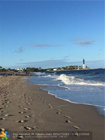 Pompano Beach Condo/Townhouse For Sale: 3200 NE 10th St #4