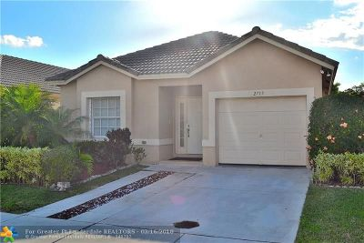 Lauderdale Lakes Single Family Home For Sale: 2719 E Willow Ln