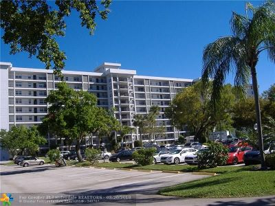 Pompano Beach FL Condo/Townhouse For Sale: $159,000