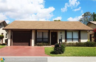 Deerfield Beach Single Family Home For Sale: 1955 SW 15th Pl